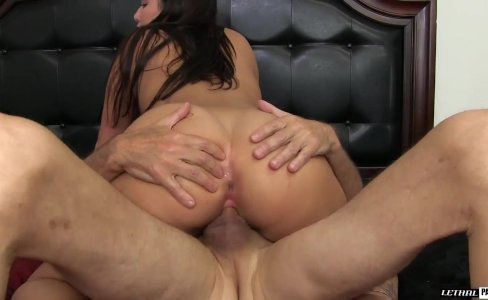 Karlee Grey Teen With Great Body|709 views