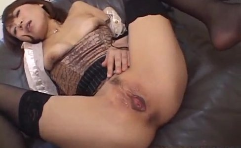 Asian milf, Jun Kusanagi, gets young male to |24,095 views