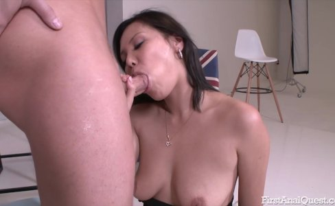 Asian has her first anal with a big cock guy drilling her hard|34,224 views