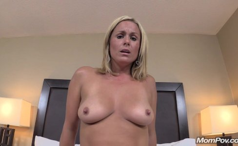 New Freaky Blonde Milf Creampie Delight|245,585 views
