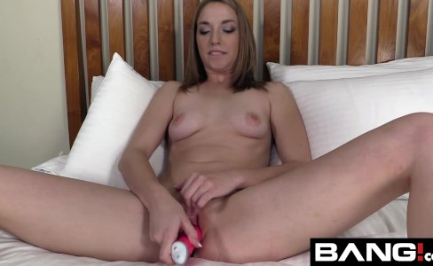 BANG Real Teens: Teen Zoe Has A Tight Pussy|15,340 views