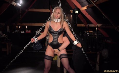 Bondage porn for busty slave performing oral|2,642 views