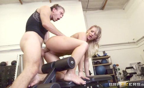 Brazzers - Cali Carter gets fucked at the gym|3,765 views