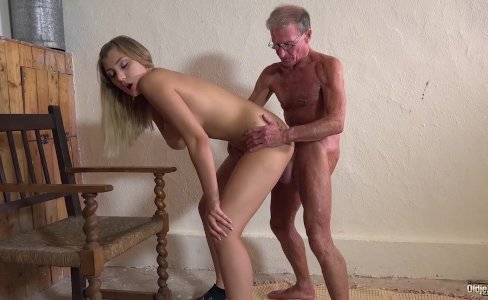 Blonde hot ass anal fucked by horny grandpa|8,734 views