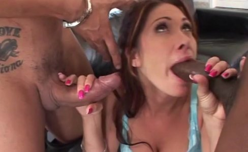 Fhuta  Milf slut loves to get both holes stretched|27,073 views