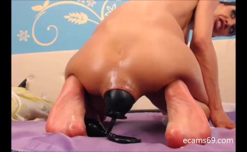 Extreme Anal Pump with Brunette Camgirl|5,994 views