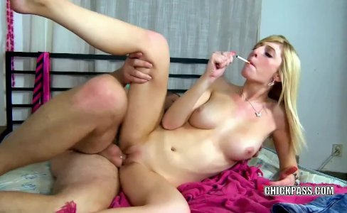 Jessica Jensen takes a cock in her young twat|280 views