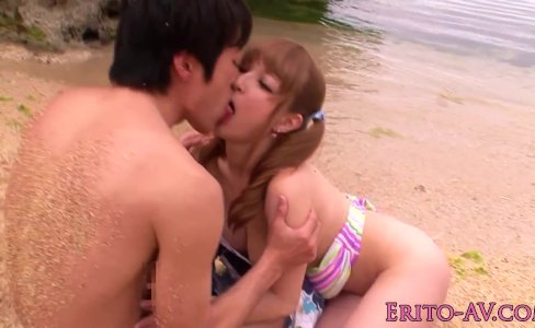 Japanese beach babe doggystyled until cum|731 views
