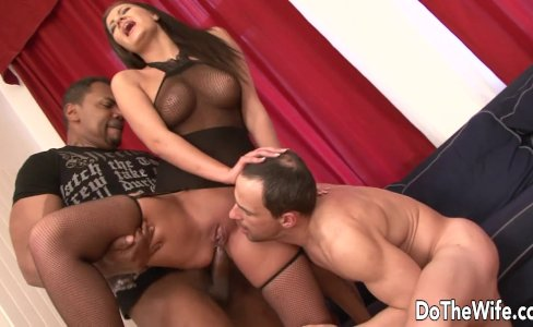 Brunette interracial cuckold anal|34,104 views
