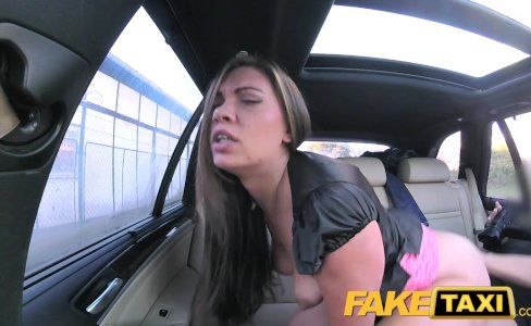 Fake Taxi Back ally fuck for hot nymphomaniac|289,904 views