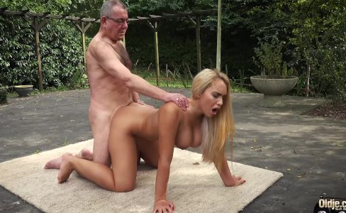 Incredible beauty young girl big tits fucked by old man in old young|319,091 views