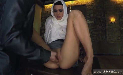 Young tiny creampie This pretty Arab girl|694 views