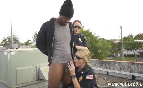 Johnny thrust cop make a girl gag and ebony|82 views
