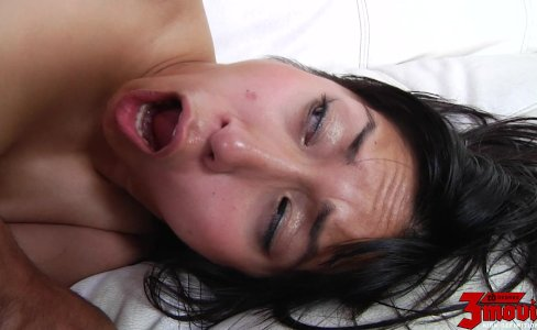 Mia Li Gets Everything Out Of Partner|510 views