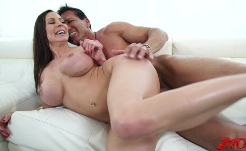 Kendra Lust Slutty Milf|507 views