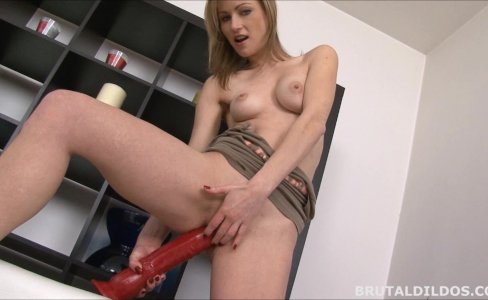 Thin Russian rides and cums on a brutal dildo|617 views