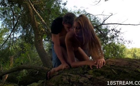 Hot blonde outdoor sex|15,236 views