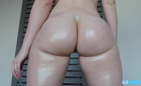 Curvy Pawg Ashley Shakes Her Ass 3 On|365 views