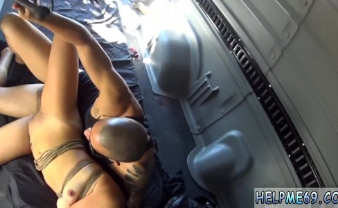 Dominant girl riding first time Engine|29 views