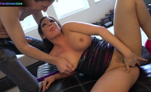 Huge titted Tory Lane in double penetration action|391 views