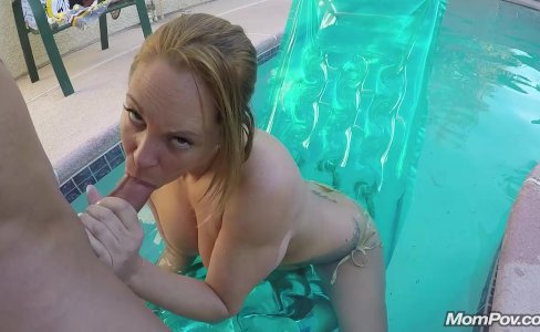 Pool Boy Anal Fucks a Busty MILF in her Backyard|32,782 views