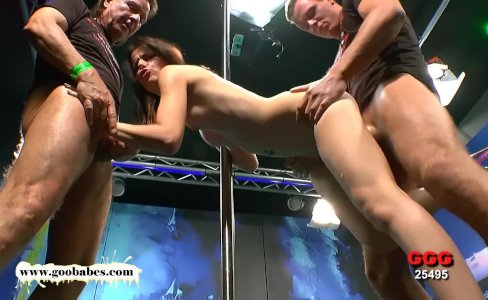 Beautiful Skinny MILF Susana takes it deep in the Ass - German Goo Girls|14,291 views