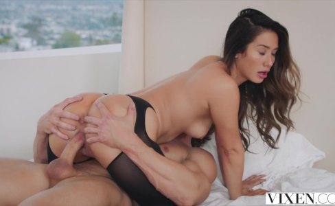VIXEN Eva Lovia's most intense scene|988,447 views
