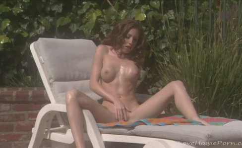Sunbathing and masturbating is the best combination|87 views