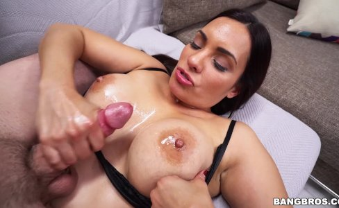 Busty Sophia gets wildly fucked on Big Tits Round Asses (btra15817)|1,089 views