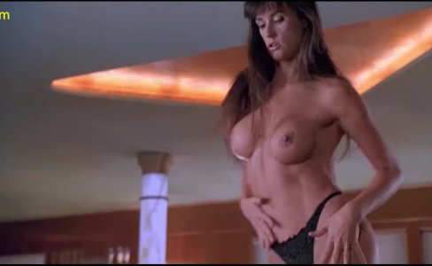 Demi Moore Nude Boobs In Striptease Movie|551 views