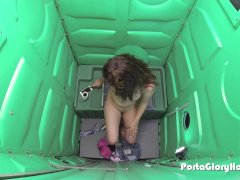 Porta Gloryhole Hot young teen gets naughty a