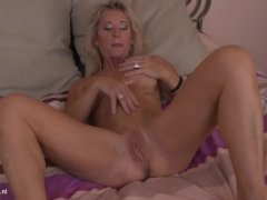 Busty MILF Josefine Masturbating
