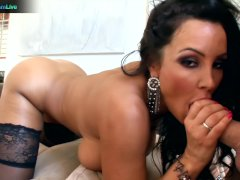 MILF Lisa Ann uses sex toys and real cock