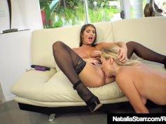 Lesbian Fuck Buddies Natalia Starr & August Ames Eat Pussy!