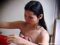 Spy Camera to Pinay girl take a shower (2)