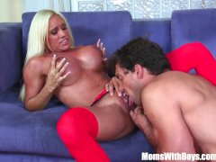 Pussy Fucked Blonde MILF Ashlee Chambers Rece