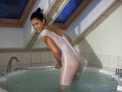Sexy Anna sexy in wet lycra showing cameltoe