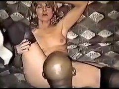 Blonde slet diep neuken - film met Klassieke videos