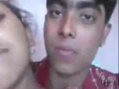 Gujarati college girl Puja free porn show for boyfriend