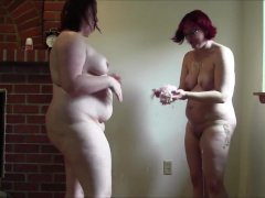 1fuckdatecom Chubby geeky girls fight with s