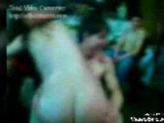 Gangbang de gordita en Argentina