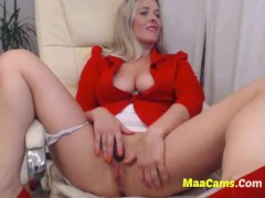 Sexy Busty Blonde Teen Fingering-more MAACAMS COM