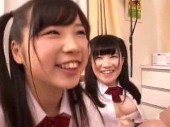 Aimi Usui, Momo WatanabeT2