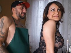Casting Alla Italiana - Hard ass fuck for squirting babe in Italian casting