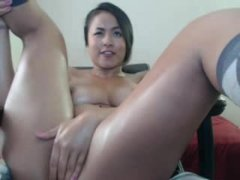 awesome body oiled live    oopscams com