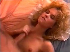 Blonde rewards compliment with sex