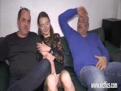 El novio de erika sevilla le regala tres pollas más - Sexo vaginal