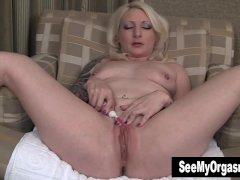 Sexy Olivia Masturbating With Toothbrush