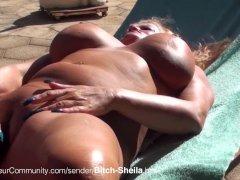 MILF Bitch-Sheila beim Blasen