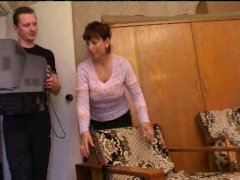 Mature mom amalia5